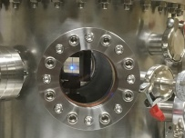 Setting up the chamber for LIPSS in vacuum